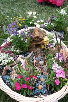 Basket Fairy Garden for Hannah Mini Fairy Garden, Fairy Garden Houses, Gnome Garden, Garden Art, Garden Design, Fairies Garden, Garden Oasis, Garden Beds, Creation Deco