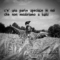 Nero come la notte dolce come l'amore caldo come l'inferno: c'è una parte speciale in noi che non mostriamo a ...