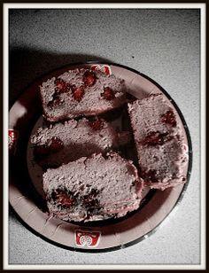 HANGRY: Coconut Cinnamon Blackberry Banana Bread (GAPS, Paleo, Primal, gluten Free, grain free, dairy free, nut free)