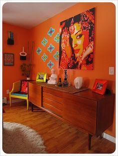 boho bedroom. retro accents.