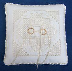 Julie Design contemporaneo per Hardanger di GoldenThreadSupplies