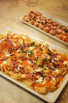 Lyxigt tilltugg - Chips med creme fracihe och löjrom