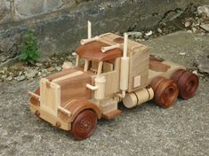 Handmade Creative Wood Decorations and Toys by Jeff Parsonson from chandlersfordtoday Woodworking Projects For Kids, Woodworking Toys, Wooden Projects, Wooden Toy Trucks, Wooden Car, Wooden Toys, Crafts To Do, Hobbies And Crafts, Wood Crafts