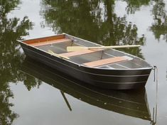 Fischerboote und geschweißte Aluminiumboote. Jedes Boot kann sich an die Kundenanforderung anpassen. Bark, Aluminiumbarke, Fischerei-barke  Handwerksfabrik für Fischerboote und geschweißte Aluminiumboote Jedes Boot kann sich an die Kundenanforderung anpassen Aluminiumbarke - Fischerei barke   Fischerei barke - Boot - Bark - Aluminiumbarke  - Fischerboot   - Boot alu - Aluminiumboot  - Flachbodenboot  - Fischerboot -  aus geschweißtem Aluminium in dünner Dicke  Freizeitboot
