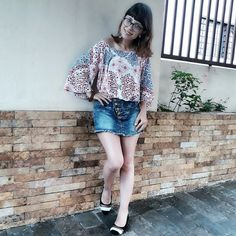 Amendo compor looks com  essa blusa. Estamos linda e manga flair.