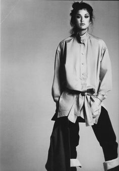 Janice Dickinson wearing Issey Miyake. Photo by Richard Avedon April 1977 New York