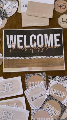 Classroom Bunting, Classroom Door Displays, Classroom Labels, School Displays, New Classroom, Classroom Themes, Meet The Teacher Template, Birthday Display, Classroom Calendar