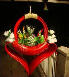 Mit alten Autoreifen kann man noch viele schöne Dinge basteln! Schauen Sie sich hier die schönsten Blumenkästen aus alten Autoreifen an! - DIY Bastelideen
