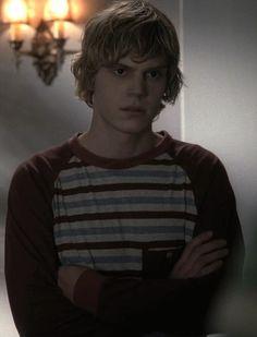 """Evan Peters """"Tate Langdon"""" / American Horror Story"""