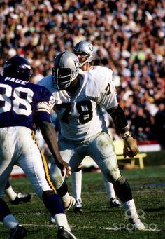Art Shell - Oakland Raiders Hall of Famer