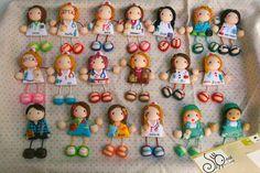 Mundo das Bonecas * Joana da Cunha: muñecas enfermeras -  A caminho de Espanha