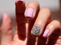 #NailArt #Strass – Cómo decorarte las #uñas con cristalitos Swarovski uñas Nail Art Strass, Nailart, Nailed It, Nail Decorations, Nail Art, Nails, Crystals