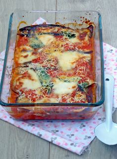 Melanzane di Parmigiana - De Glazen Vork (recipe in Dutch) Healthy Low Carb Recipes, Healthy Crockpot Recipes, Healthy Meals For Kids, Healthy Breakfast Recipes, Vegetarian Recipes, Healthy Diners, Vegan Fish, Salty Foods, Delicious Sandwiches