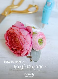 Learn how to make this #DIY #wedding corsage!