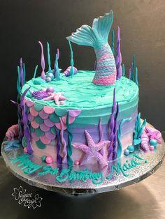 Mermaid Tail Cake, Little Mermaid Cakes, Mermaid Birthday Cakes, Baby Birthday Cakes, 7th Birthday, Teal Cake, Ombre Cake, Easy Cake Decorating, Decorating Tips