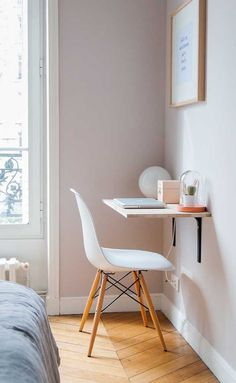 The Biggest Myth About Simple Bedroom Ideas For Small Rooms Apartments Layout Exposed - Bedroom Desk, Small Room Bedroom, Bedroom Hacks, Bedroom Simple, Cozy Bedroom, Trendy Bedroom, Bed Room, Small Apartments, Small Spaces