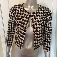 Black and white sweater Fitted half sweater Forever 21 Sweaters
