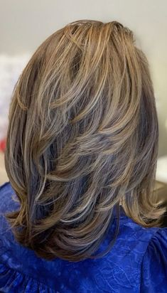 Layered Haircuts For Medium Hair, Layered Thick Hair, Layered Haircuts Shoulder Length, Thin Hair Haircuts, Haircut For Thick Hair, Short Hair With Layers, Medium Hair Cuts, Long Hair Cuts, Medium Hair Styles