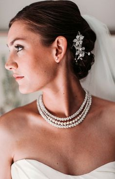 Wedding Photo: A #bride in #pearls | Photo by: Best Booth Plus on Style Unveiled via Lover.ly