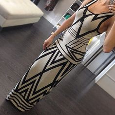 Beige-Black Geometric Print Scoop Neck Sleeveless Sexy Maxi Dress