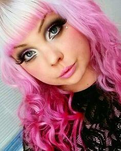Pink ombre hair @becka_bubblegum