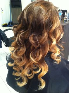 i love this its my natural hair color ontop would be ADORBS! super want ombre this summer