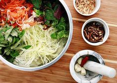 papaya salad ~ I have been wanting to try this at my local thai restaurant
