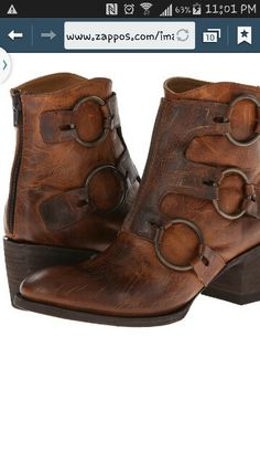 Old gringo boots. Different than the usual... want.