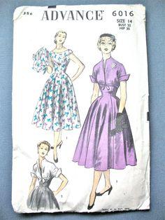 Vintage des années 1950 Seiwng modèle Advance 6016 boléro et robe encorné avec pouces équipé du corsage buste 32 et 35 de la hanche
