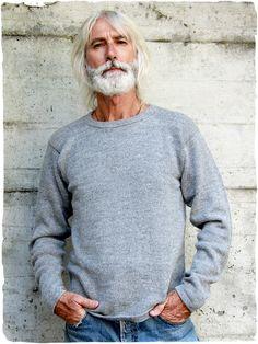 pullover in lana Javier #Maglione #jerseyuomo con #scollorotondo - #Tintaunita. #magione #maglioneuomo #magioneunisex #maglionelana #lanaalpaca #alpaca #lamamitafashion