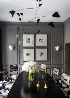 Home Decoration Art Dark grey dining room with mobile in Ryan Korban townhouse on Thou Swell Dark Grey Dining Room, Elegant Dining Room, Grey Room, Dining Room Design, Top Interior Designers, Modern Interior Design, Top Designers, Room Interior, Best Interior