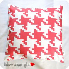 Set of 2 Honeysuckle Pink Houndstooth Pillow Covers - 18 x 18 - a good way to work in both houndstooth & the pantone color of the year
