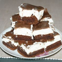 147145_2 Cookie Desserts, No Bake Desserts, Dessert Recipes, Hungarian Cake, Hungarian Recipes, Salty Snacks, Different Cakes, Cake Bars, Dessert Drinks