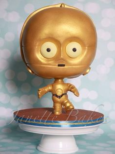 Janette bakes - Cute C3PO cake - For all your cake decorating supplies, please visit craftcompany.co.uk