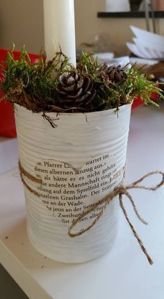 DIY Upcycling Idee: Konservendose Blumentopf DIY upcycling idea: tin can flower. DIY Upcycling Idee: Konservendose Blumentopf DIY upcycling idea: tin can flowerpot This image h Tin Can Crafts, Jar Crafts, Diy And Crafts, Kids Crafts, Crafts With Tin Cans, Office Christmas Party, Christmas Crafts, Christmas Decorations, Desk Decorations