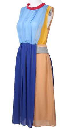 sleeveless round neck midi.