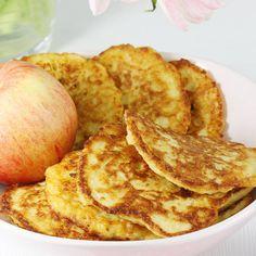 Super przepis na placki z kaszy jaglanej. To świetny pomysł na pyszne śniadanie dla całej rodziny. Moje placki z kaszy jaglanej na słodko smażę z dodatkiem tartego jabłka. Wychodzą wówczas jeszcze pyszniejsze. Breakfast Recipes, Snack Recipes, Cooking Recipes, Healthy Recipes, Polish Recipes, Marzipan, Lunch Time, Macarons, Cupcake Cakes