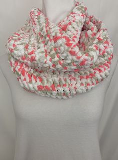 Handmade Crocheted Infinity Scarf Coral/Pink, Gray, White. Very warm and soft! Coral Pink, Pink Grey, Etsy Christmas, Christmas Gifts, Yarn Colors, All The Colors, Infinity, Warm, How To Wear