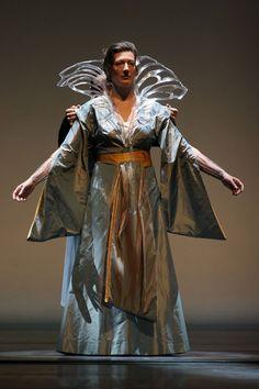 Sarah Connolly as Dido.