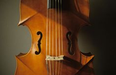 Violone in G inspired by a painting by El Greco, c. 1590, string length 80cm