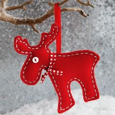 Red felt 2015 Christmas reindeer ornament - Christmas tree decor - LoveItSoMuch.com
