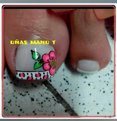 Not crazy about the big flower. but the French part is so adorable! French Manicure Designs, Pedicure Designs, Acrylic Nail Art, Toe Nail Art, Pretty Pedicures, Summer Toe Nails, Colorful Nail Designs, Toe Nail Designs, Flower Nails
