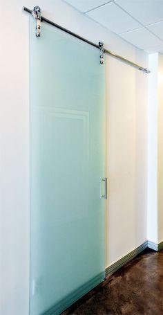 Sliding doors | Room dividers | slidingdoorco.com - Category: Home Barn Doors - Image: Barn Doors 005