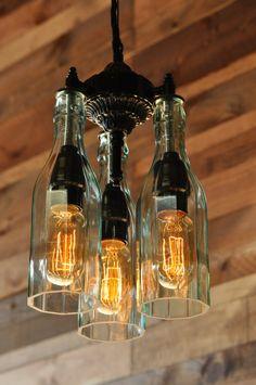 Le Marquis lustre 3lumière bouteille recyclée par MoonshineLamp, $475.00