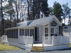 Portable RV Sunrooms and Screen Rooms