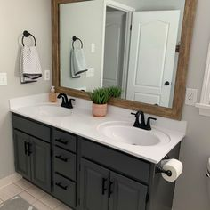 My builder grade Master Bathroom vanity was bad. Really bad. After two years I finally decided to do something about it and got to work. Here's a before photo of the bathroom. Bathroom Renos, Budget Bathroom, Bathroom Fixtures, Bathroom Ideas, Bathroom Interior, Bathroom Organization, Ikea Bathroom, Painting Bathroom Sinks, Painted Bathrooms