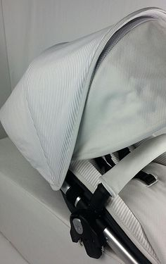 Vestidura Uppababy detalle lateral capota