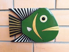 Cet article n'est pas disponible Wood Fish Art Home Decor Painted Board For Home Or Fish Wall Art, Fish Art, Wood Fish, Ceramic Fish, Fish Crafts, Wooden Bird, Painted Boards, Pallet Art, Diy Home Crafts