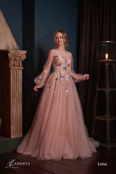 Exceptional maxi dresses are offered on our internet site. Have a look and you will not be sorry you did. Pretty Prom Dresses, Prom Dresses With Sleeves, Grad Dresses, Elegant Dresses, Cute Dresses, Beautiful Dresses, Evening Dresses, Bridesmaid Dresses, Formal Dresses