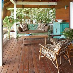 Jack Johnson's beautiful brown and turquoise deck